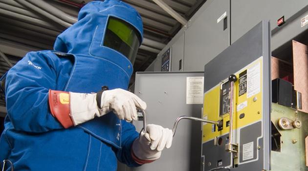 High Voltage Ppe : Electric arc flash suit